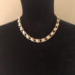 VINTAGE NAPIER Gold & Pearl Necklace